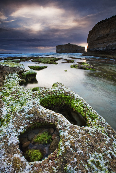 strike it lucky, a view for two, port campbell, great ocean rd, victoria, australia