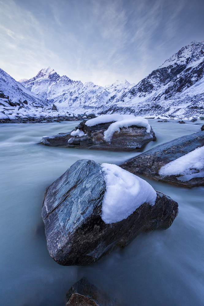Hooker Valley Lake,, Mount Cook, South Island, New Zealand.