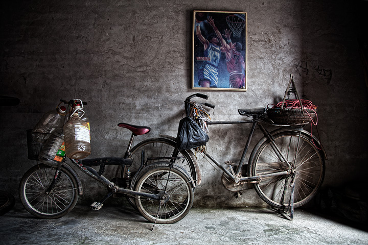 Bikes with picture, Guilin, China.