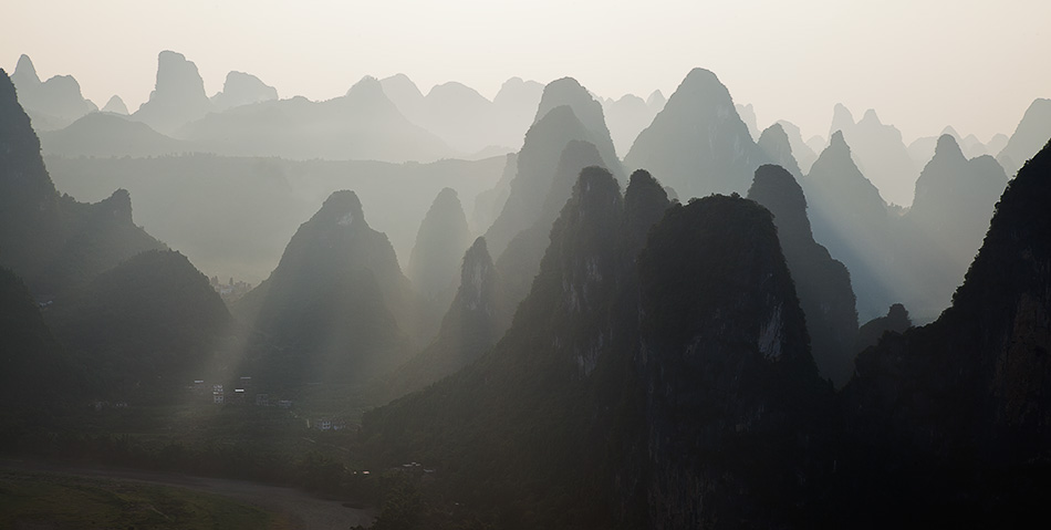 Light filtering through the layers, Guilin, China