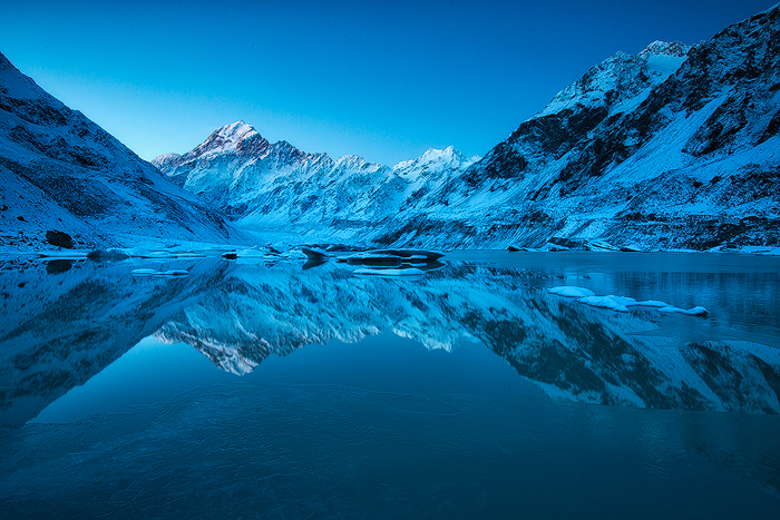 Mount Cook from Hooker Lake, South Island, New Zealand.